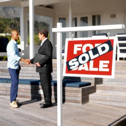 Bewerbungsgesprach Fragen Sales Immobilienkaufmann Frau Berufsportr 228 Ts 12job