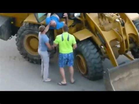 donne al volante incidenti divertentissimi carrellata di incidenti stradali in russia doovi