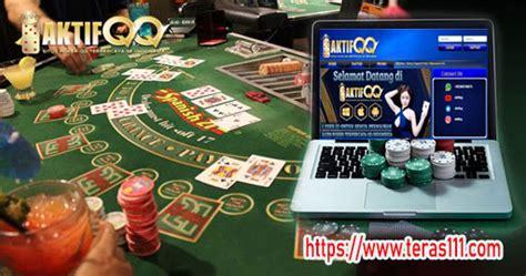 menang main poker  aktifqq poker bisa jadi jutawan muda