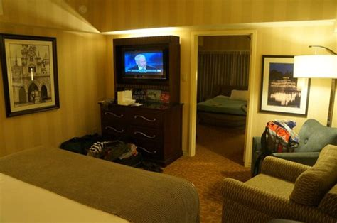 disneyland hotel 1 bedroom suite 1 bedroom suite bedroom area picture of disneyland hotel