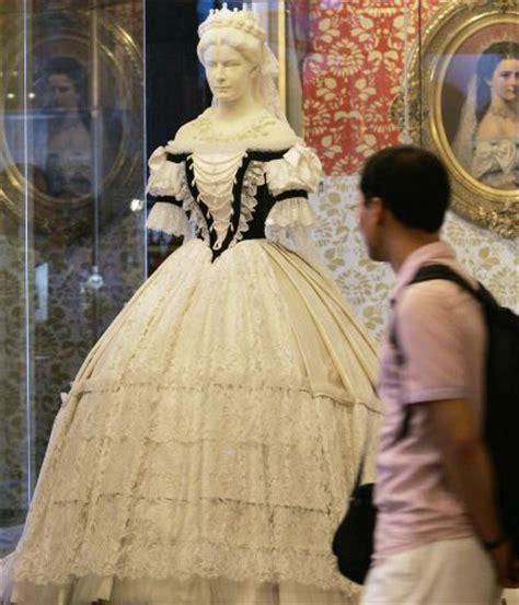 L Lu Utama 6 Sisi sisi shines in newly designed museum news summary r o y a l b l o g n l