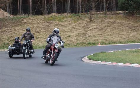 Motorrad Fahren Nrw by Motorrad Oldtimer Fahren In Berlin Als Geschenk Mydays