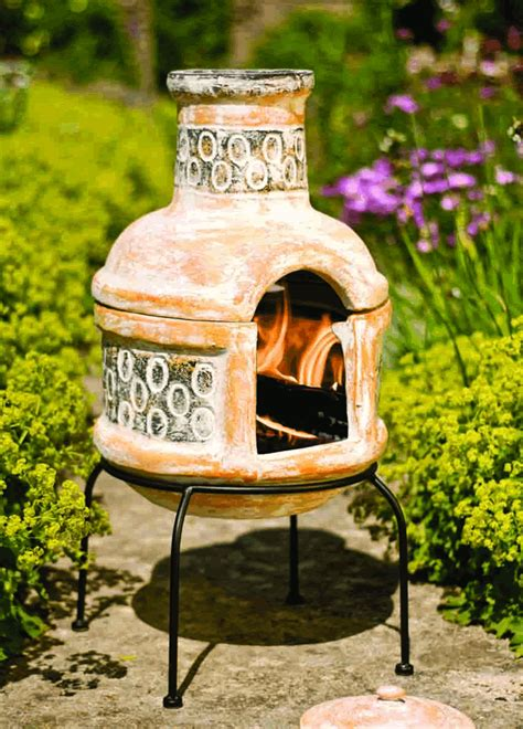 Clay Chiminea With Grill Small Pedro Mexican Clay Chimenea Grill 163 57 99