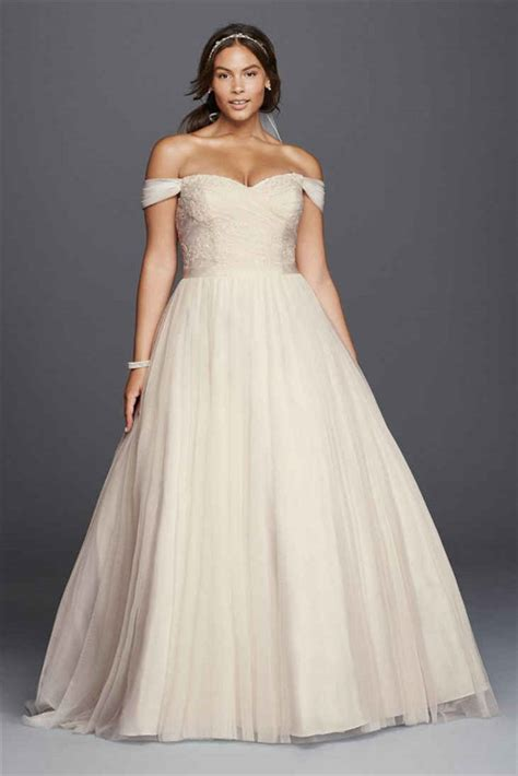 The Most Amazing Wedding Dresses for Brides with Big Belly   EverAfterGuide