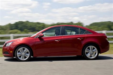 Chevy Cruze Reviews 2012 by 2012 Chevrolet Cruze Used Car Review Autotrader