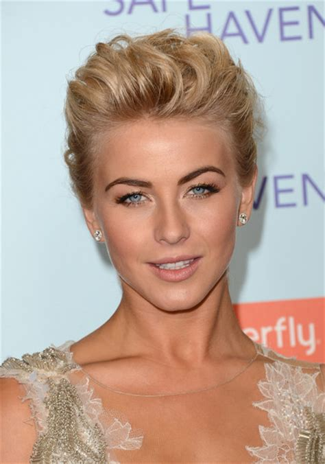 safe haven actress hairstyle julianne hough in premiere of relativity media s quot safe