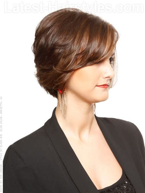 layered bob side view sweet texture layered brown bob with highlights side view