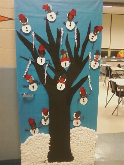 popular pinterest school christmas door decorating ideas