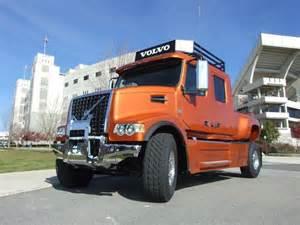 Volvo Trucks Usa Truckmakers News Usa Volvo Unveils Big Rig Up