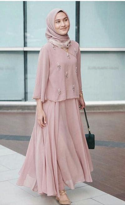 Gaun Pesta Pink Muda Dress Gown ini style kondangan untuk hijabers remaja agar
