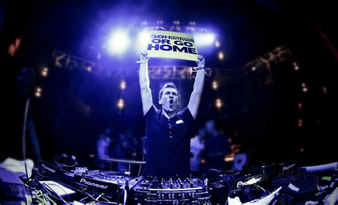 movies in motion dj hardwell vid 12 amazingly free nightlife hd wallpaper edmdroid