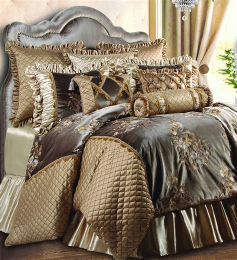 Luxury Bedding Ensembles by Luxury Bedding Comforters Home Decorating Ideas