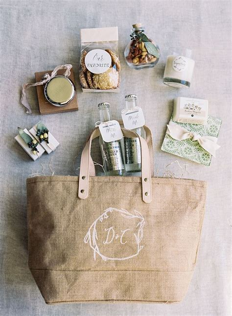 Best 25  Personalized gift bags ideas on Pinterest   Gift