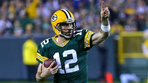 aaron rodgers aaron rodgers free hd wallpapers images backgrounds