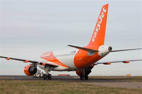 Easyjet Low Cost Calendar Ttg News Easyjet Increases Traffic But Warns Of Brexit