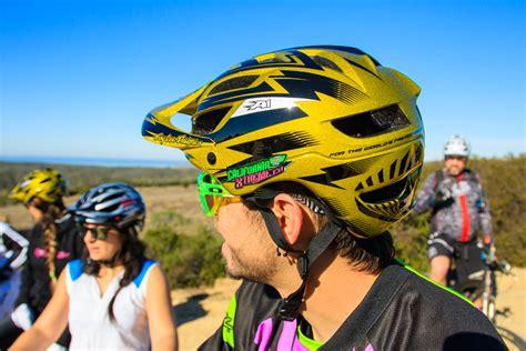 troy lee design helm a1 troy lee designs unveil new a1 mountain bike helmet