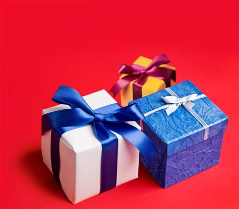 and affordable gifts for your business clients - Gifts For Customers