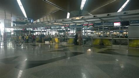 emirates klia or klia2 review of emirates flight from kuala lumpur to dubai in