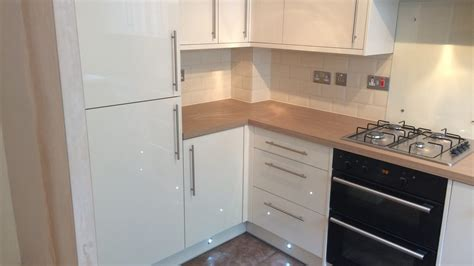 Kitchen Design And Fitting Kitchen Installation Basingstoke Kitchen Design Fitters Kitchen Worx