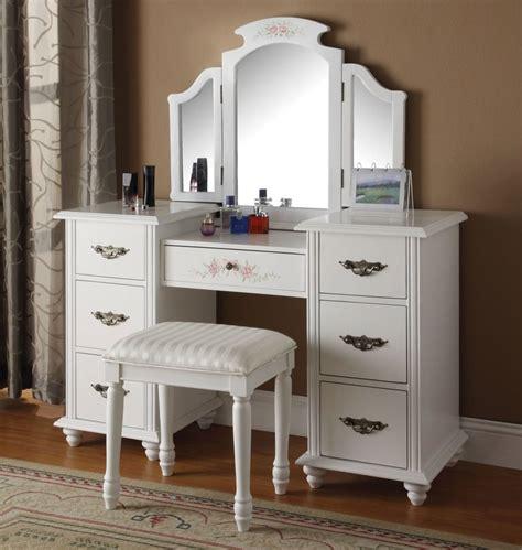 Wayfair Bedroom Vanity Sets by Infini Furnishings Makeup Vanity Set With Mirror Reviews