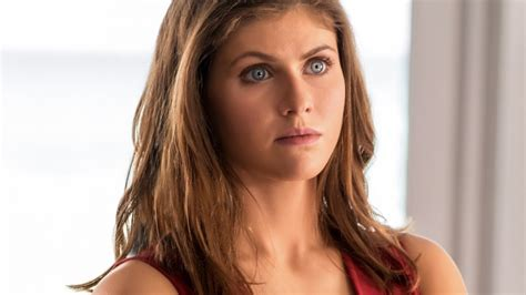 actress name in baywatch movie why summer quinn from baywatch looks so familiar