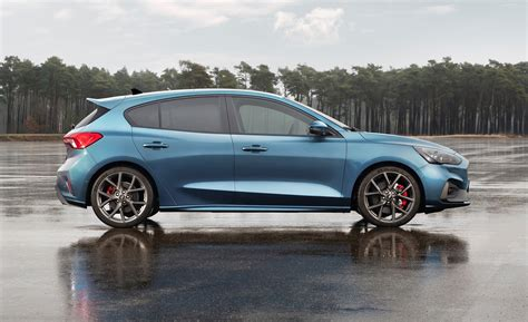 2019 Ford Focus Rs St by 2019 Ford Focus St 2020 Bmw 2 Series Cupra Concept