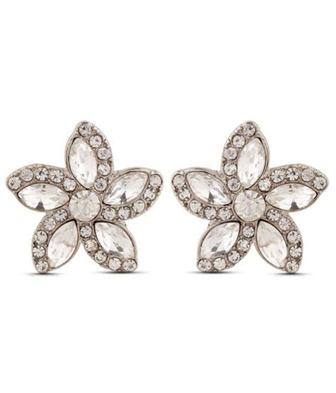flower design earrings online pari fine floral design earrings buy pari fine floral
