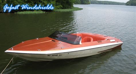 speed boat windshield upd plastics boat windshields
