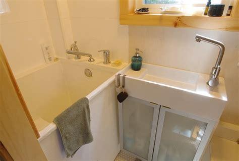 bathtubs ottawa small bathtubs ottawa reversadermcream com