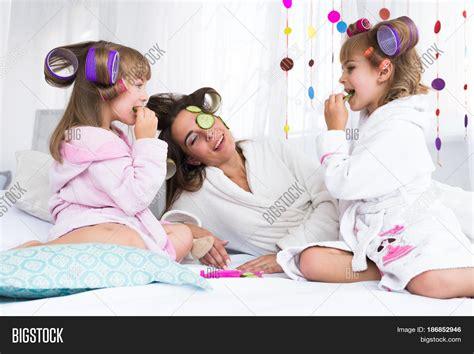 fun in the bedroom stock photo 169 deklofenak 4604241 happy loving family mother image photo bigstock
