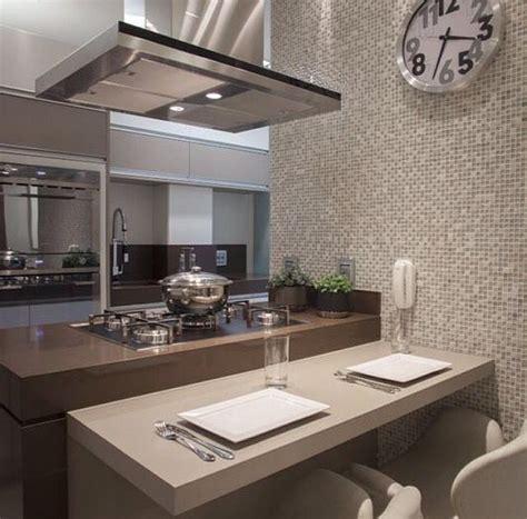 decorar apartamentos muy pequeños cocina minimalista pequea good armario cocina esquinero
