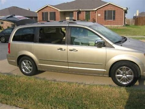 Chrysler Town And Country Swivel And Go by Find Used 2008 Chrysler Town Country Ltd Swivel N Go
