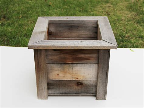 How To Make A Wooden Planter by Give A Weathered Planter A Fresh Facelift How Tos Diy