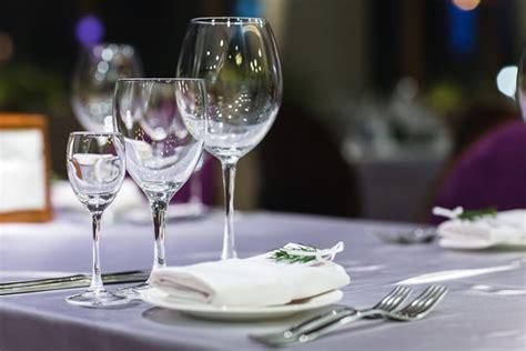 come disporre i bicchieri a tavola come scegliere il bicchiere giusto calici boccali