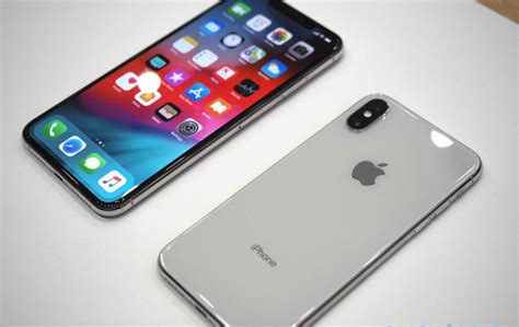 iphone xs and xs max review roundup definitely an quot s quot year slashgear