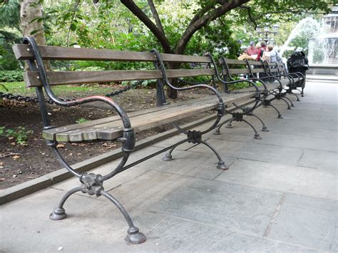 new york bench file park bench in manhattan new york 2008 jpg wikimedia