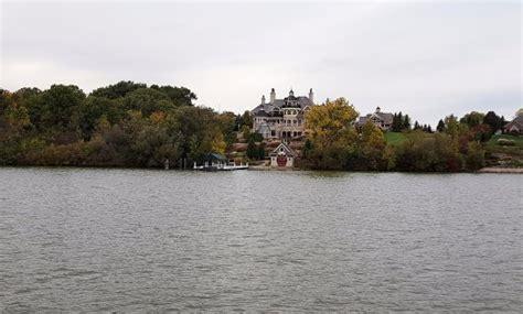fox river boat tours is this a castle picture of fox river tours de pere