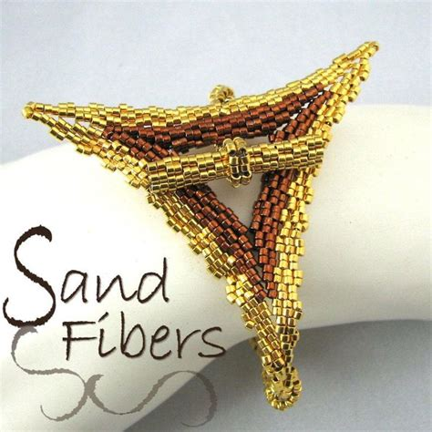 313 best bracelets en peyote images on Pinterest   Beaded jewelry, Seed beads and Jewelry