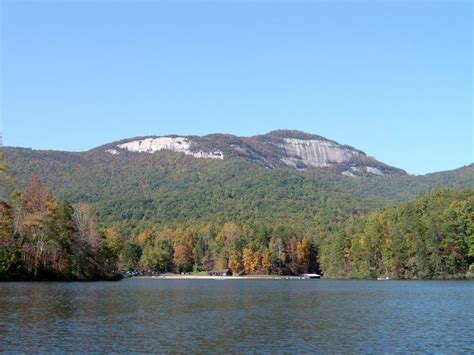 Table Rock State Park Cing by 10 Amazing Places In South Carolina You Can Go On One Tank