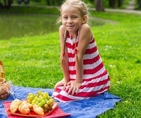 alimentazione per gastroenterite gastroenterite nei bambini in estate come evitarla cure