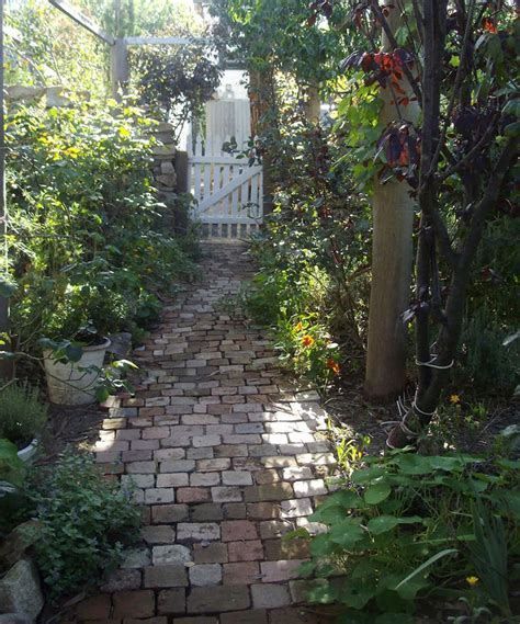 shady cottage garden 104 best images about cottage shade gardens on