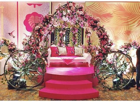 Wedding stage decoration ideas   Chinchin Celebration