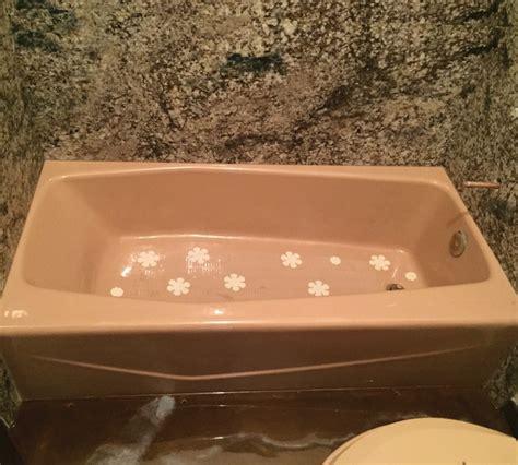 can a fiberglass bathtub be refinished refinish fiberglass tub fiberglass tub repair in