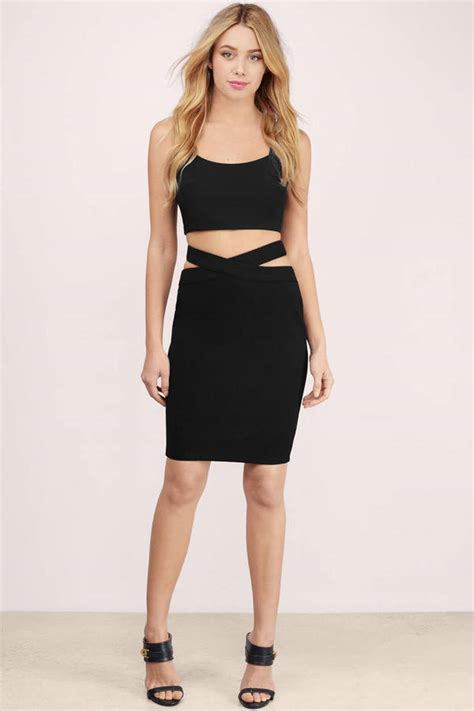 New Recommended Pencil Skirt Detail Ada Di Picture Yaaa trendy black skirt black skirt cut out skirt 15 00