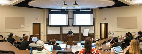 Mccombs School Of Business Mba Requirements by Academics Mccombs School Of Business