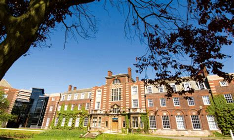 Hull College Of Business Mba by Demand For Mbas Holds Despite The Downturn Society