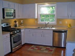 Kitchens Renovations Ideas by Ideas On How To Remodel A Small Kitchen Decobizz Com
