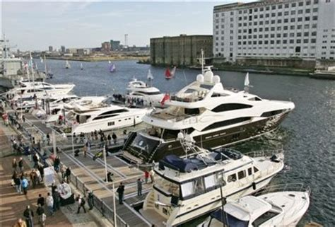 london excel boats hotels near the london boat show excel london london