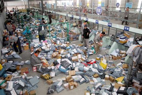 alibaba shop alibaba and china s shipping problem bloomberg