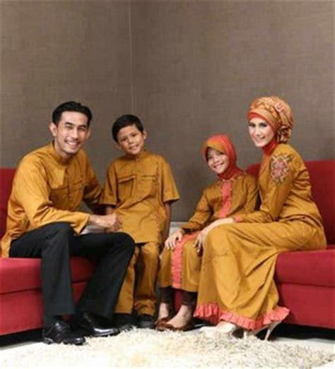 Pakaian Keluarga Terbaru Baju Family Kapel Kembaran Au13 pakaian muslim untuk keluarga 9 model baju keluarga
